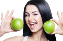 Zadbaj o włosy na wiosnę – 7 produktów, które wzmocnią twoje włosy