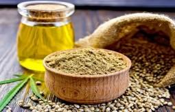 Olej z nasion konopi siewnej – właściwości, zastosowanie